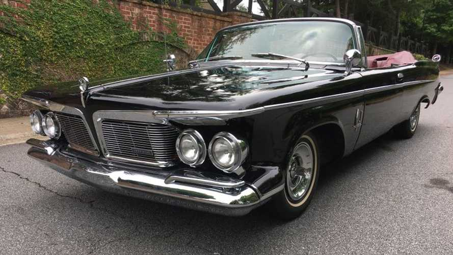1962 Imperial Crown Shows Chrysler's Luxurious Side