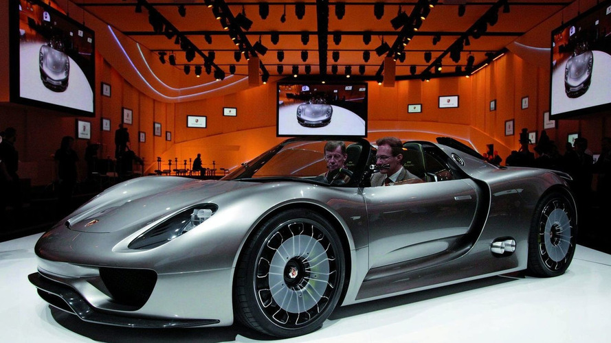 Porsche Considers 918 Spyder Concept Production Following Strong Reaction in Geneva