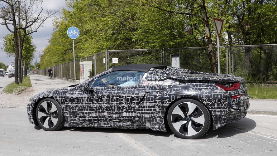 Photos espion - Revoilà la BMW i8 Spyder