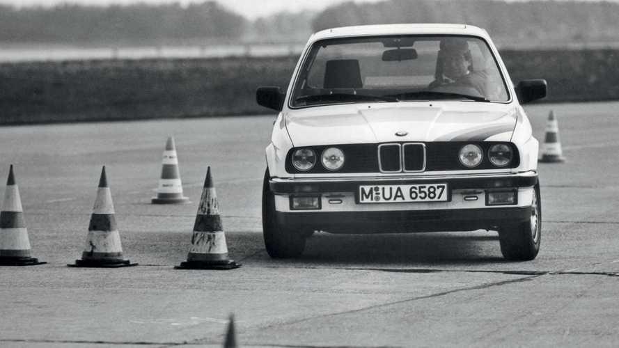 Classic Ads: BMW 3 Series (E30)