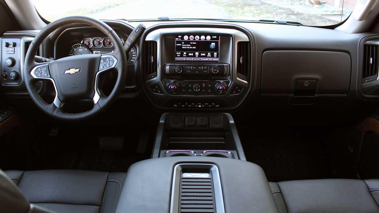 Chevy Silverado, GMC Sierra Could Get Major Interior ...