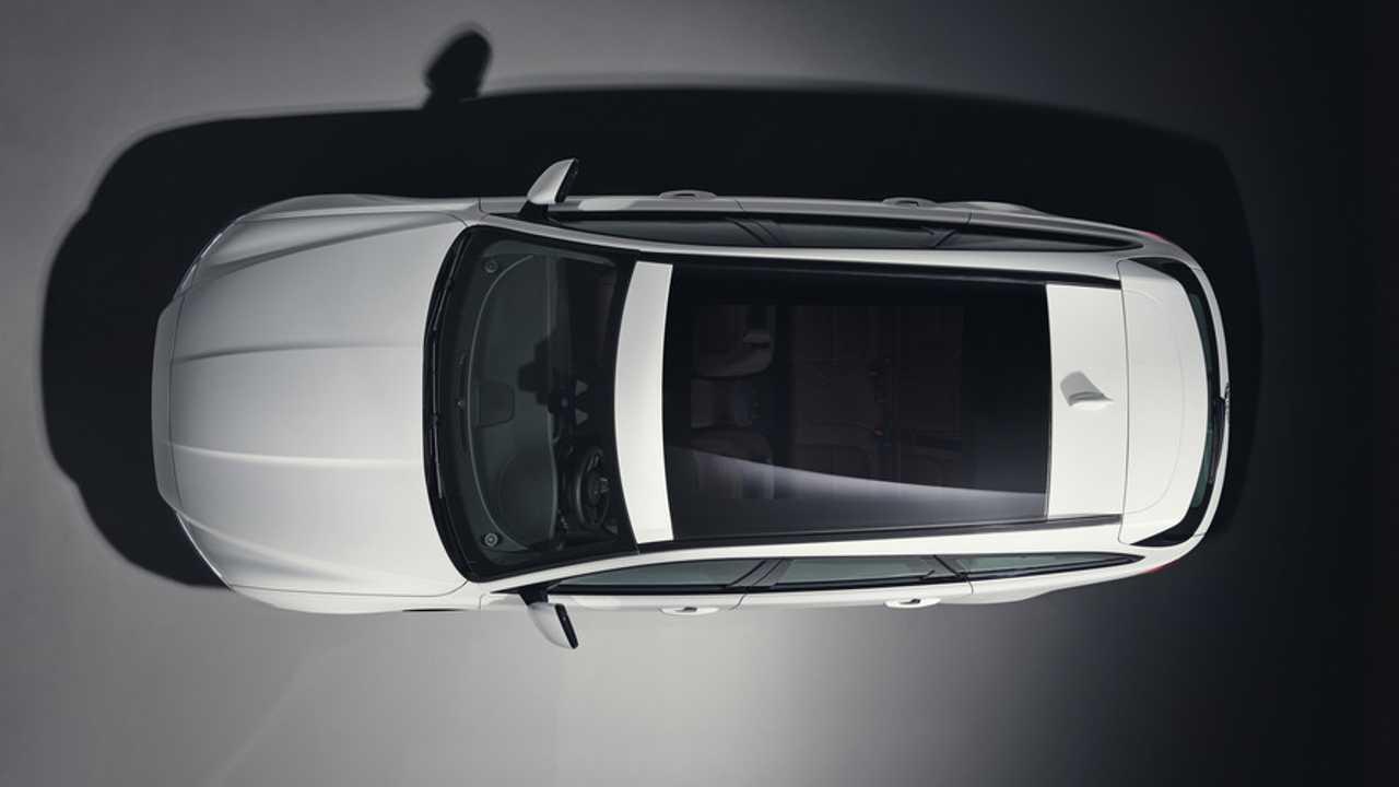 Jaguar XF Sportbrake 2017 teaser