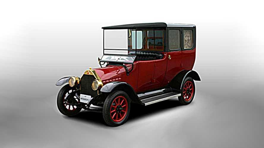 100 yıllık Mitsubishi'ye Outlander hibrit teknolojisi