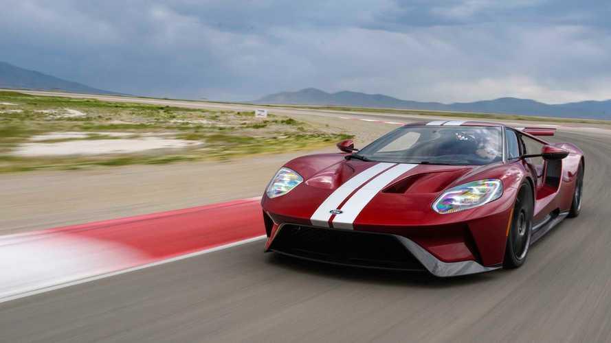Több mint 50 szenzor és 25 számítógép támogatja a Ford GT teljesítményét