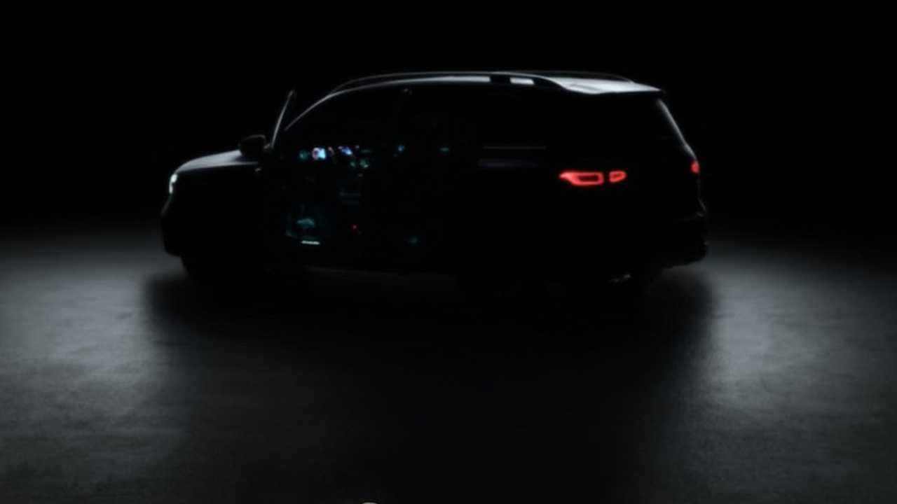 Mercedes-Benz GLB-Class Teaser