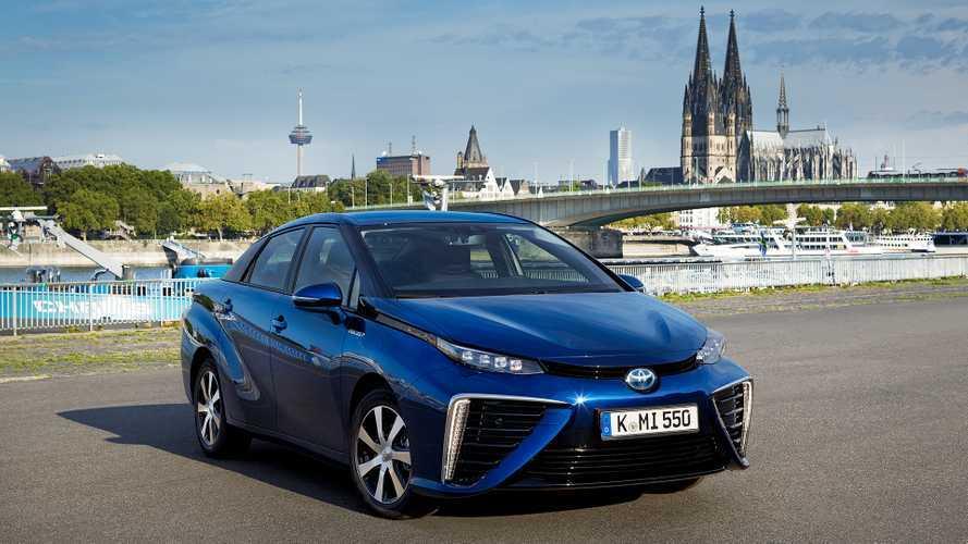 Toyota Mirai, nel 2020 la seconda generazione
