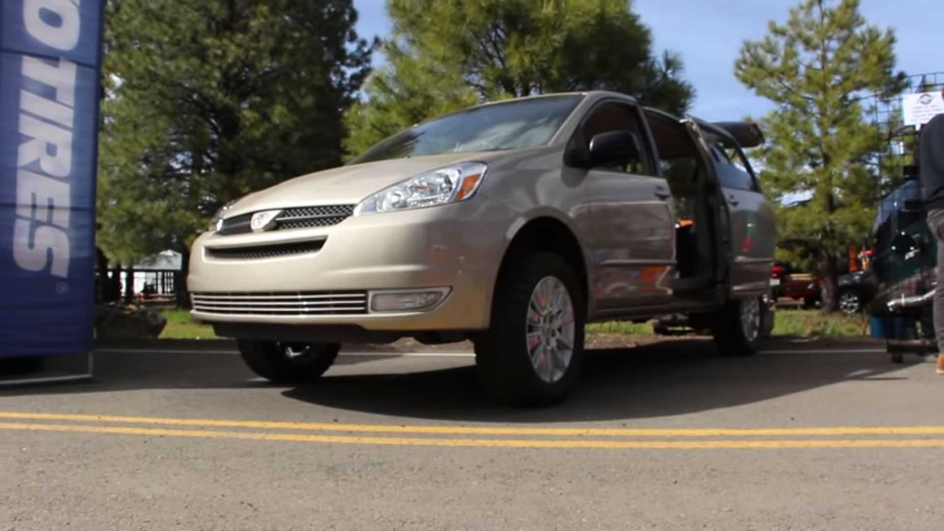 Yes, You Can Buy A 3 5-Inch Lift Kit For A Mid-'00s Toyota Sienna