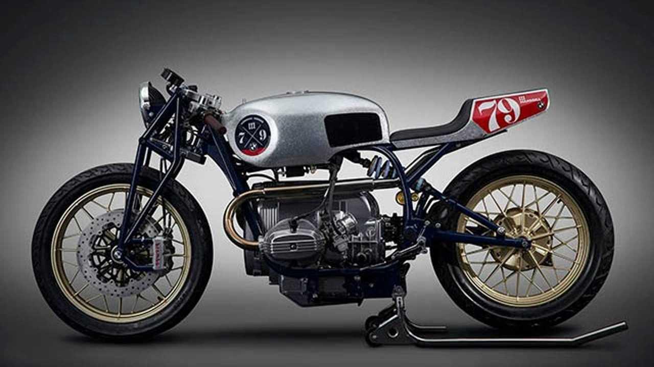 BMW R80 Mandrill Garage 1