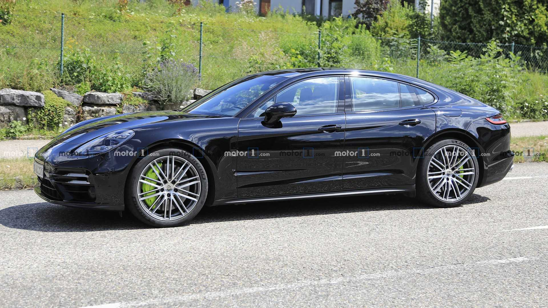 2021 Porsche Panamera Facelift Caught With Sneaky Camouflage