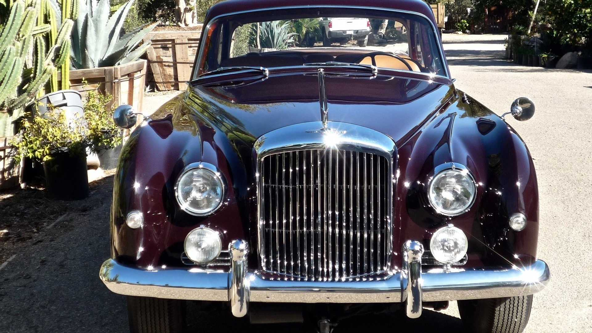 "[""CFS: 1961 Bentley S2 Continental James Young""]"