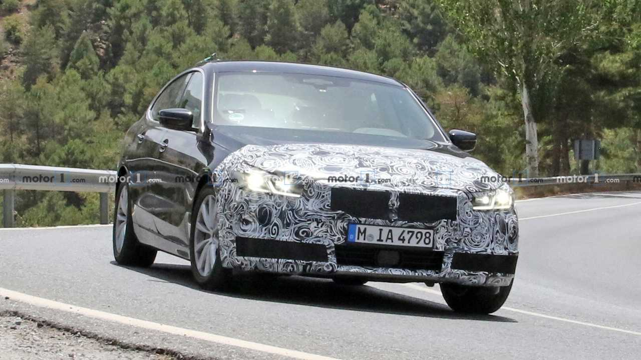 2021 BMW 6 Series GT facelift spy photo