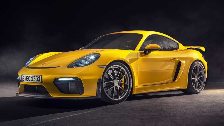 Nuove Porsche 718 Cayman GT4 e 718 Spyder, sei cilindri da 420 CV