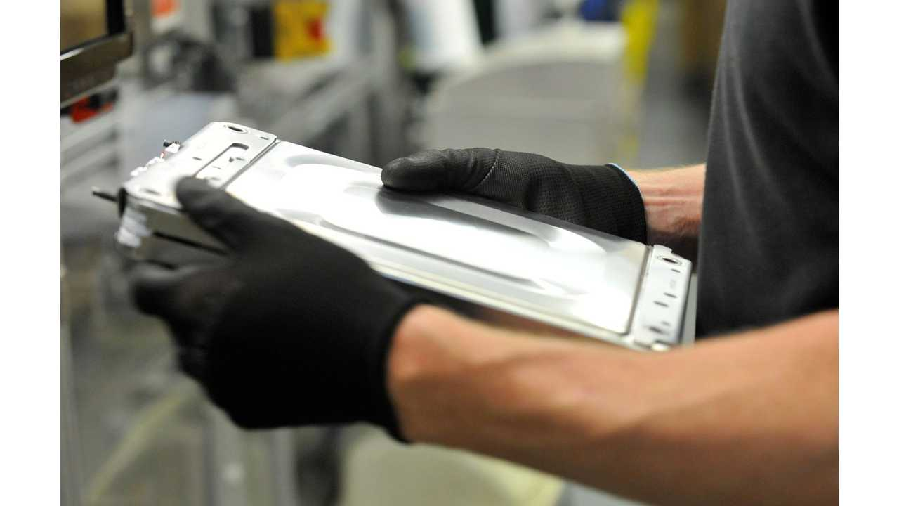 UK Hopes To Attract EV Battery Plant Investment