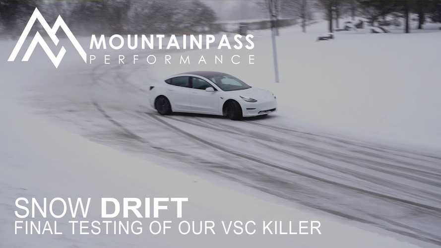 Watch Tesla Model 3 Drift On Snow Without Track Mode