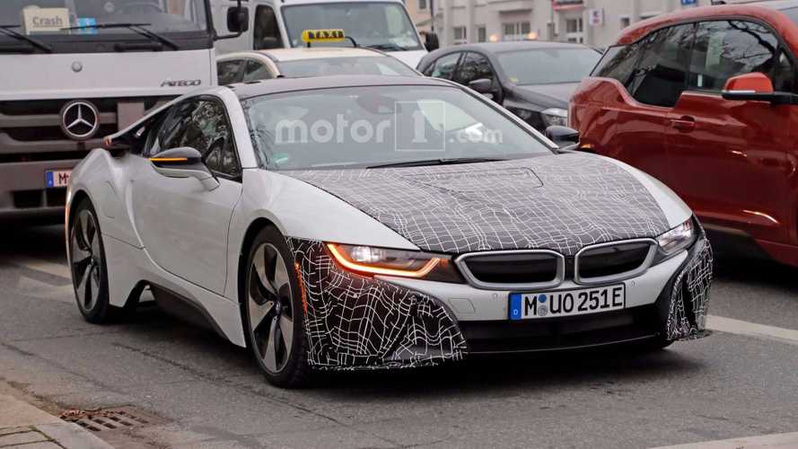 BMW i8 Spied Sporting Slight Tweaks