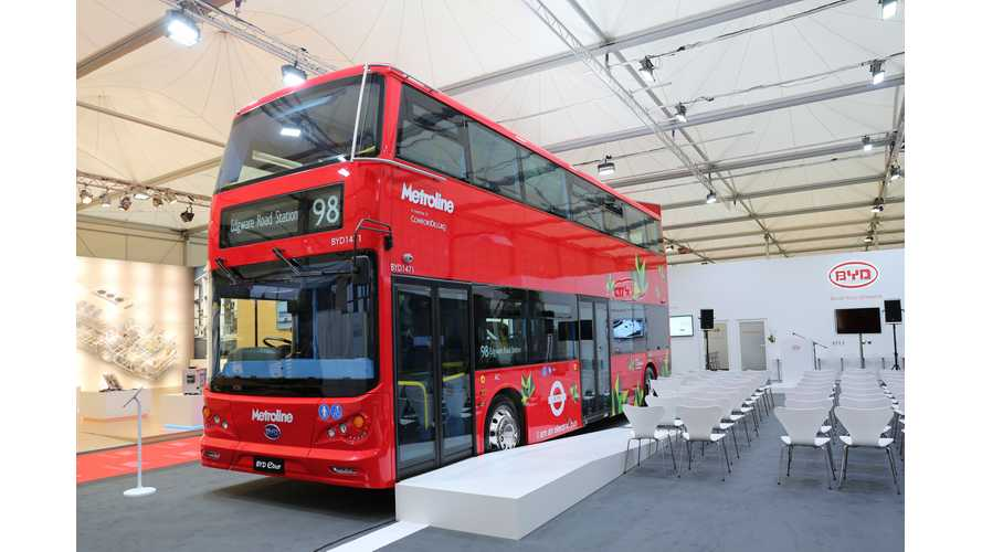 BYD Debuts 3 New Electric Buses At 2015 Busworld