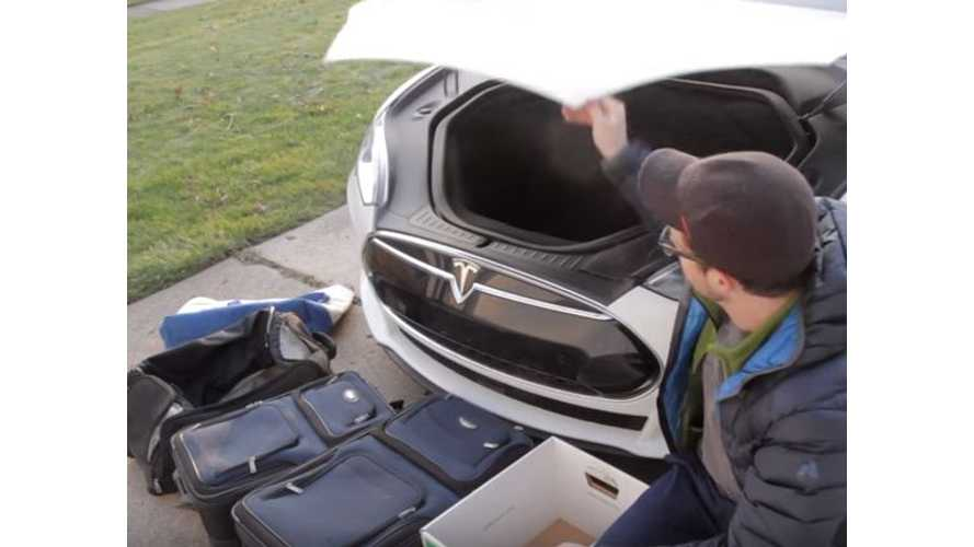 What Fits In The Frunk Of A Tesla Model S Dual Motor? - Video