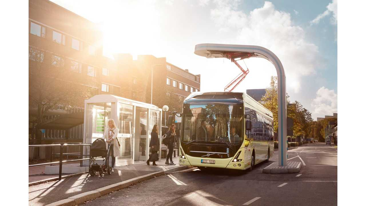 Volvo 7900 Electric Charging at bus stop