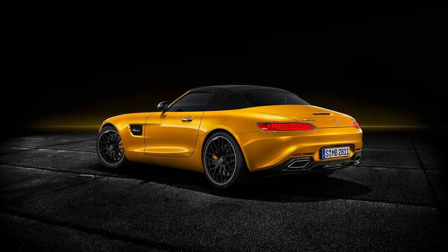 2019 Mercedes-AMG GT S Roadster