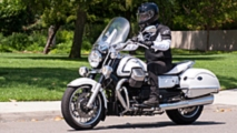 rideapart review moto guzzi california 1400 touring