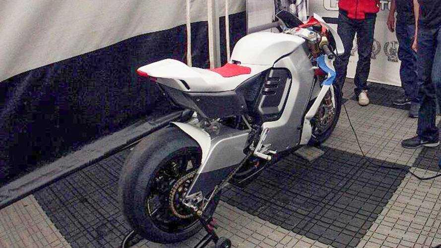 2013 MotoCzysz E1pc revealed