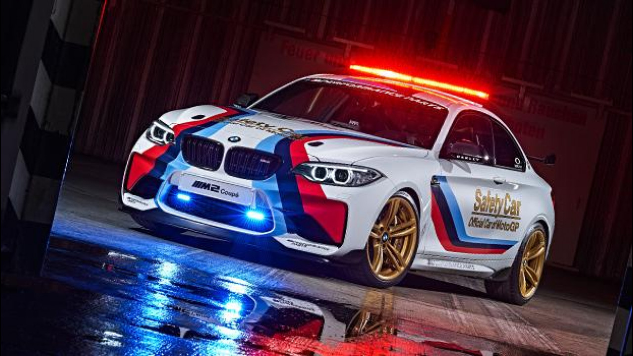 [Copertina] - BMW M2 Safety Car pronta per la MotoGP 2016