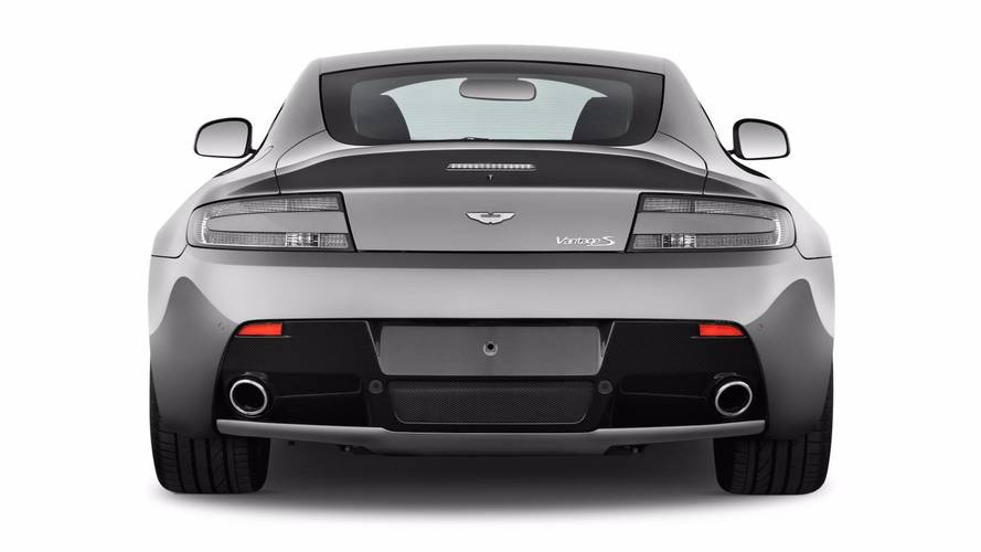 Aston Martin Vantage karşılaştırma