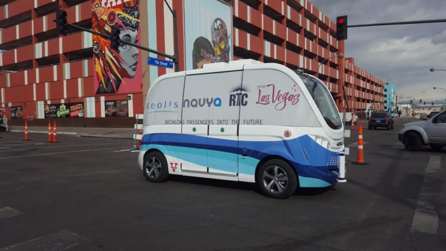 Romániában is forgalomba állnak a vezető nélküli autóbuszok