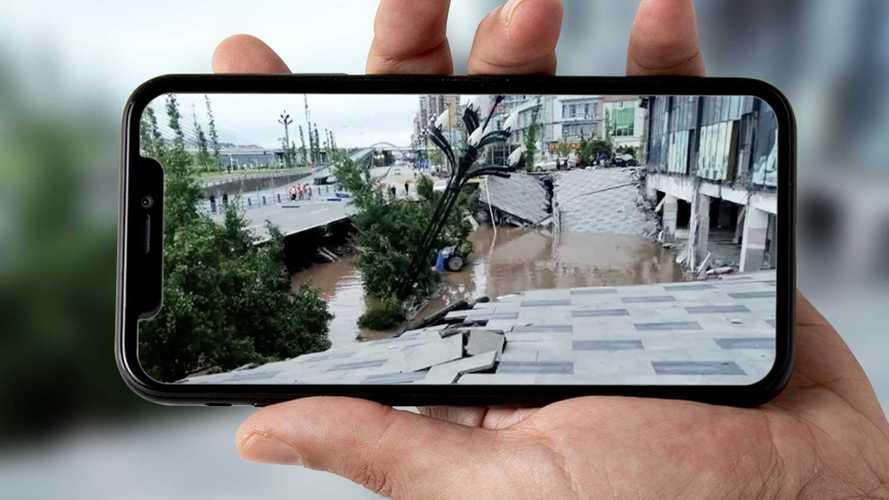 Çin'de çöken bir asfaltın, 21 adet otomobili yutmasını izleyin