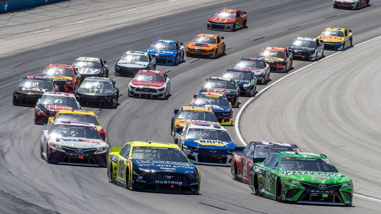 Канал NASCAR на Motorsport.tv