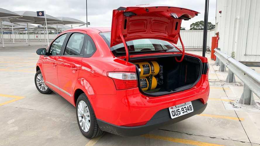 Avaliação Fiat Grand Siena GNV: ainda vale a pena rodar no gás natural?