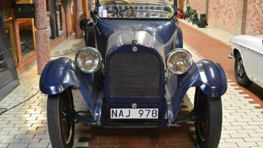 Swedish museum to auction off American classics collection