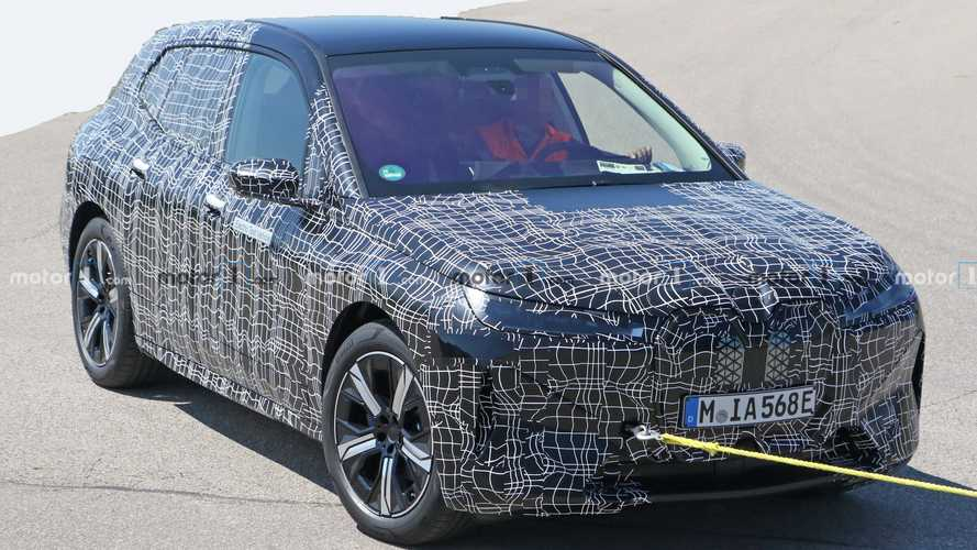 BMW iNext Spied In Detail, Showing Off Smooth Styling