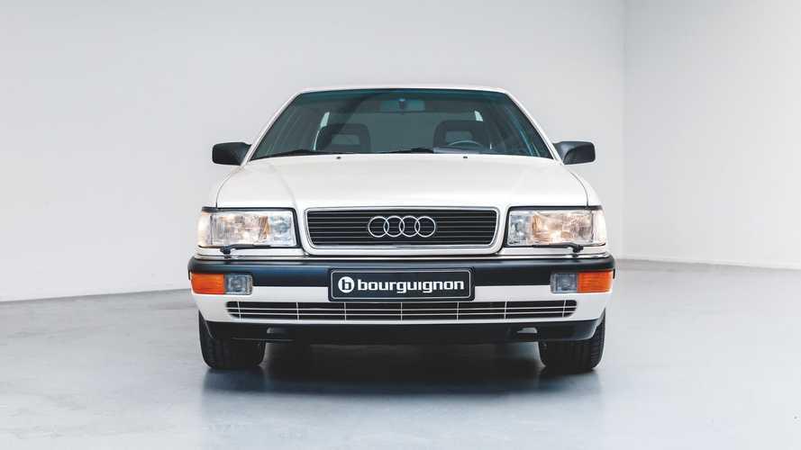 Eladó egy mindössze 218 km-t futott 1990-es Audi V8