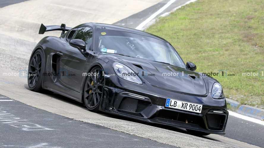 El futuro Porsche Cayman GT4 RS, cazado de pruebas en Nürburgring
