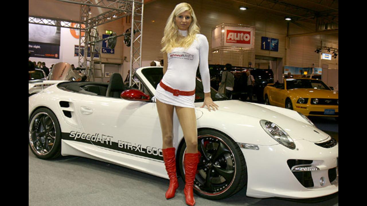 Die heißen Zwillinge: Hätte der Porsche nicht aber rote Felgen haben müssen?