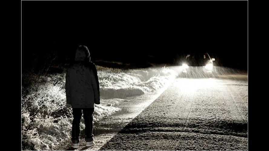 Mercedes: Ein Spotlight für den Nacht-Assistenten