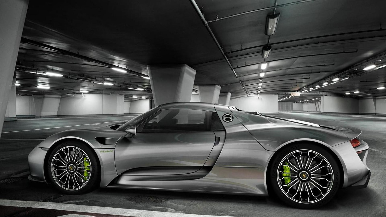 Porsche 918 Spyder production model 09.09.2013