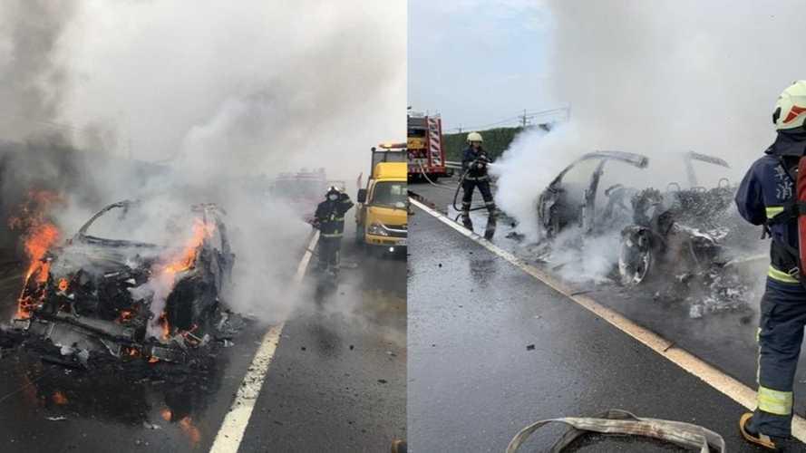 Un Lamborghini Urus a brûlé à cause d'un problème électrique