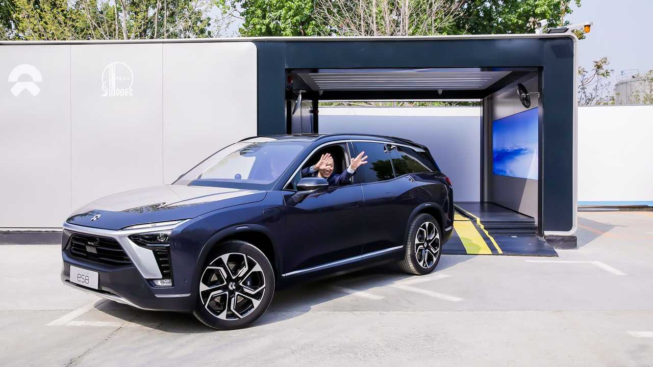 The first NIO Power Swap Station 2.0 starts operation in Beijing