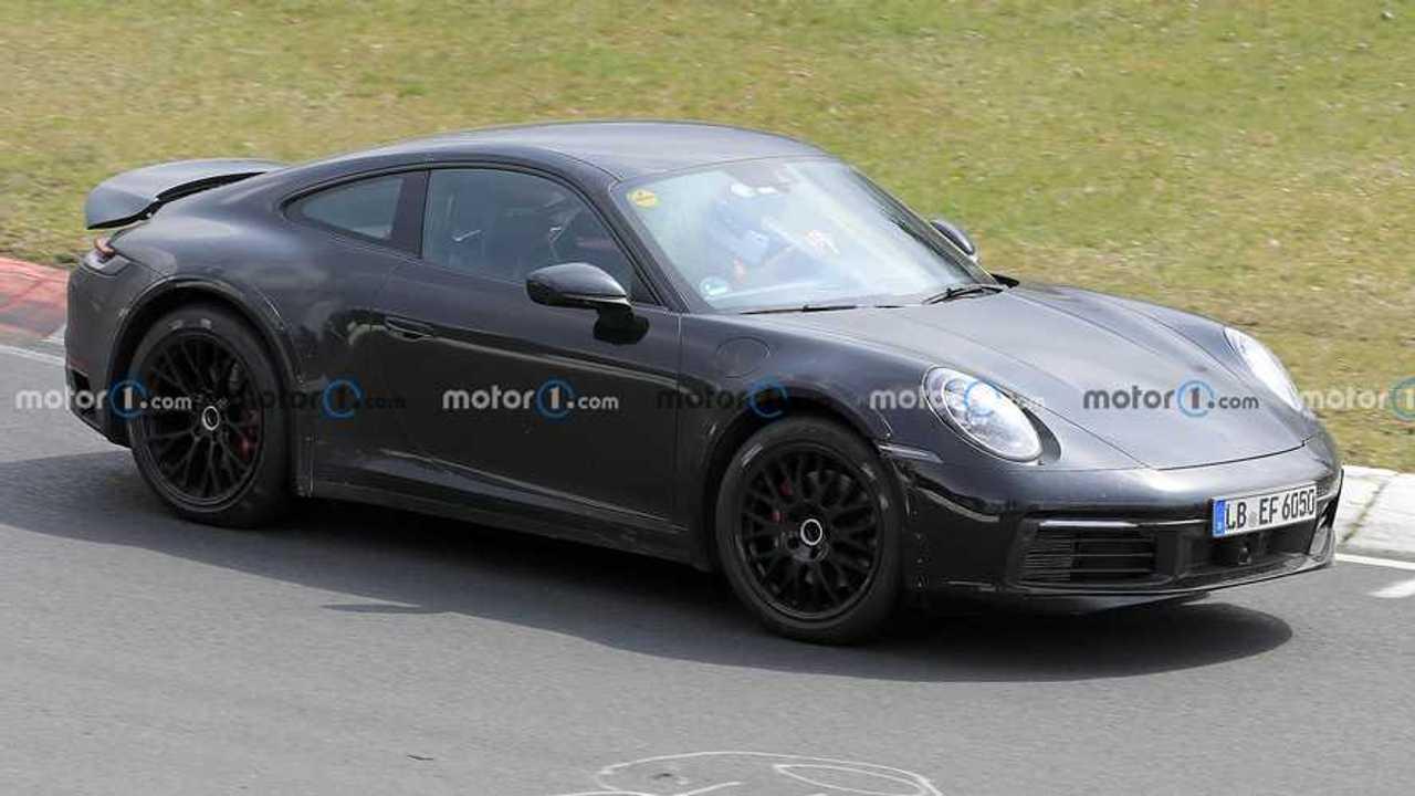 Porsche 911 Safari spied at Nurburgring.