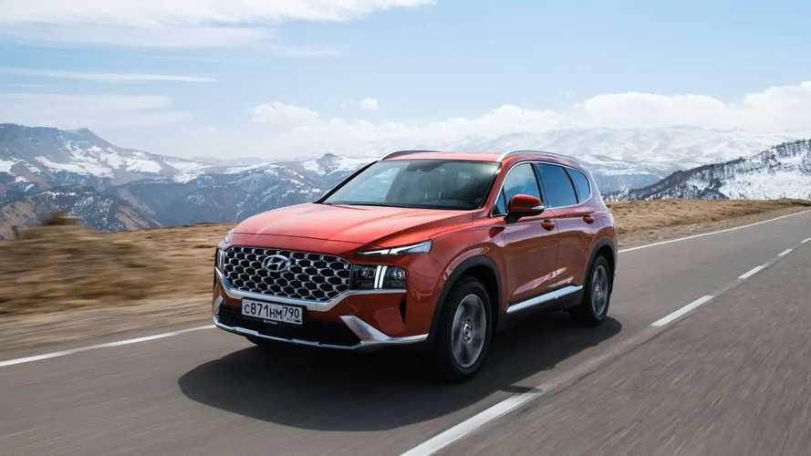 Обновленный Hyundai Santa Fe для России