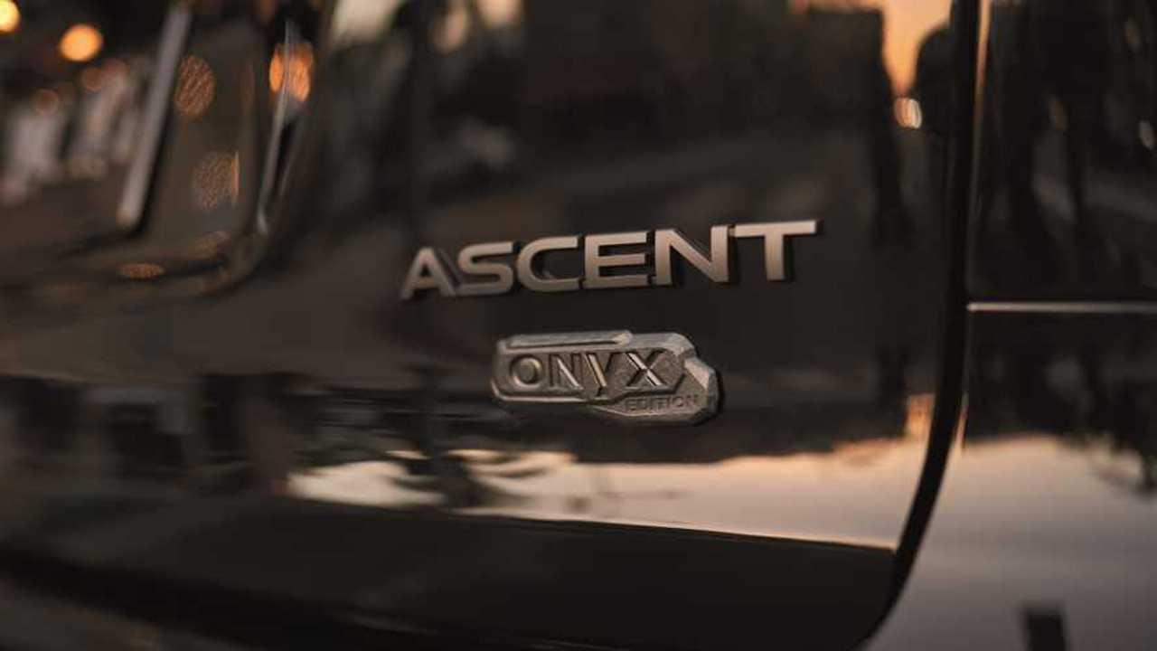 Subaru teases Ascent Onyx Edition.