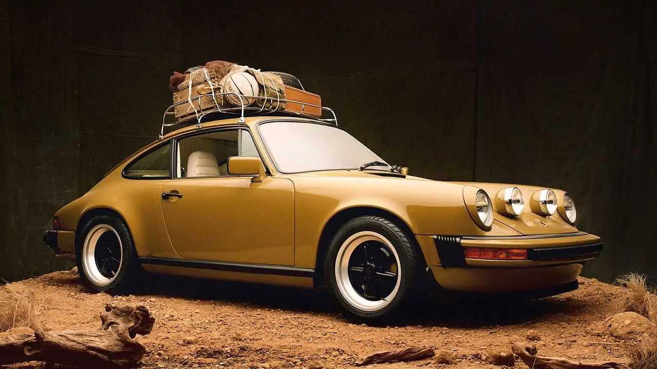 Dieser umgebaute Porsche 911 SC ist in