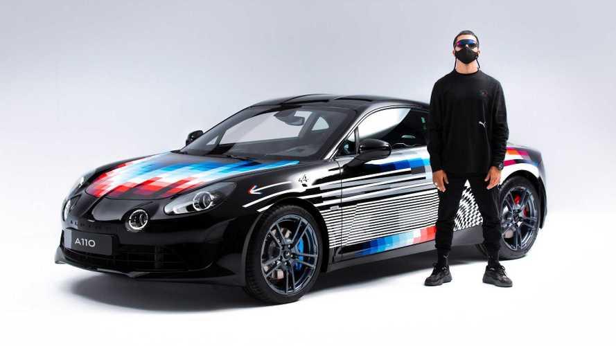 Раскрашенный художником Alpine A110 стоит как Acura NSX