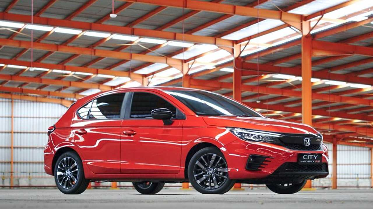 Honda City Hatchback RS ramaikan segmen low sedan.