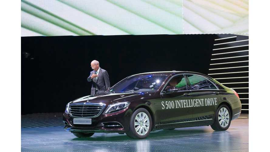 2015 Mercedes-Benz S500 Plug-In Hybrid Takes to the Stage in Frankfurt