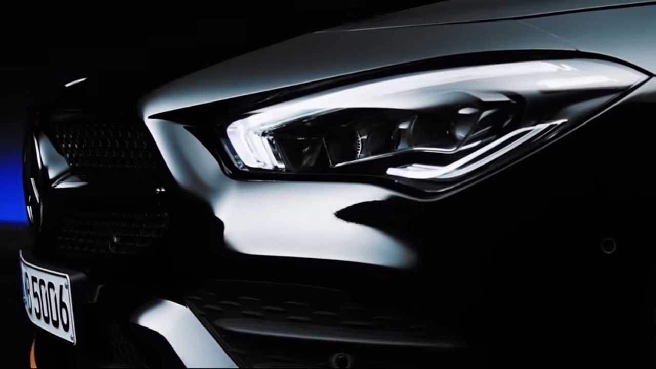 Teaser Mercedes CLA Edition 1