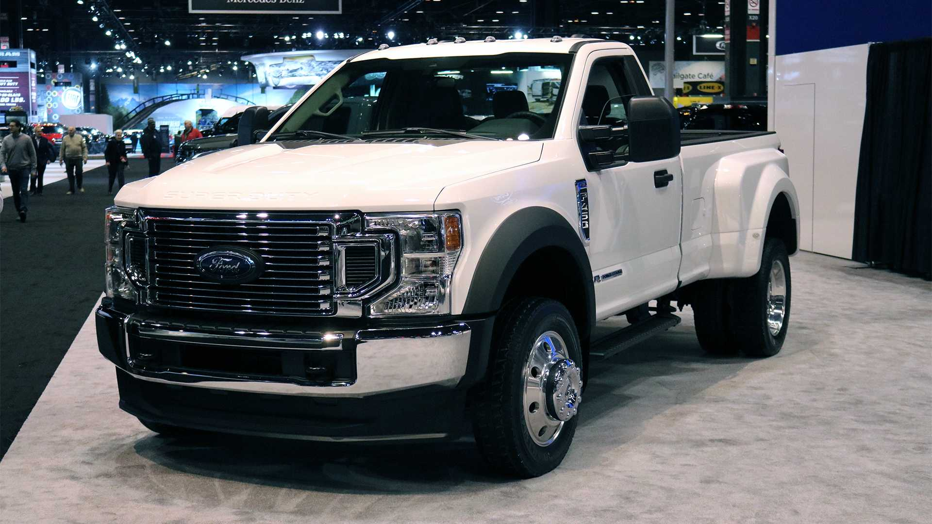 2020 Ford Super Duty มาพร้อมพลังเครื่องยนต์สุดโหด! V8 ขนาด ...
