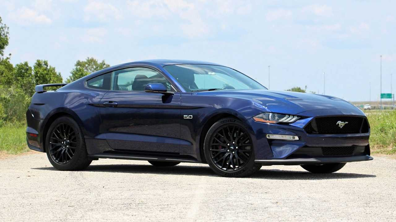 Ford Mustang: 5.0L V8